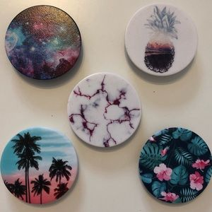 Set of 5 Popsockets   Great condition